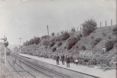 RailwayHolmeLacy01