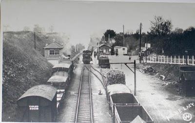 RailwayHolmeLacy02